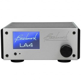 Benchmark  LA4 Siver / TC Line Amplifier